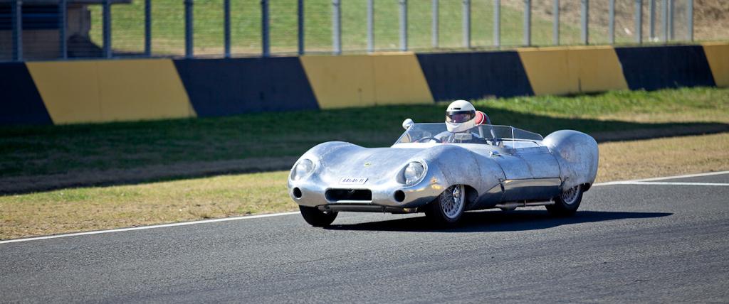 Photo gallery tasman revival at the 2012 eastern creek for Eastern motors used car